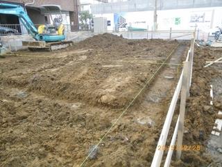 ②基礎根伐り工事.JPG