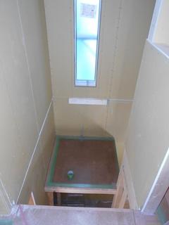 ④.階段踊り場設置.JPG